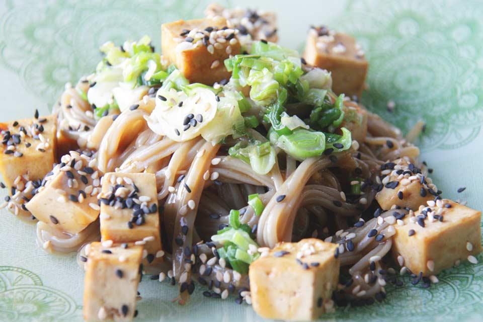 Sobanudeln mit Tofu