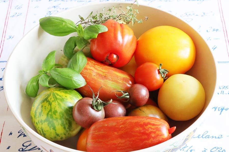 Tomaten-Raritäten für bunten Salat