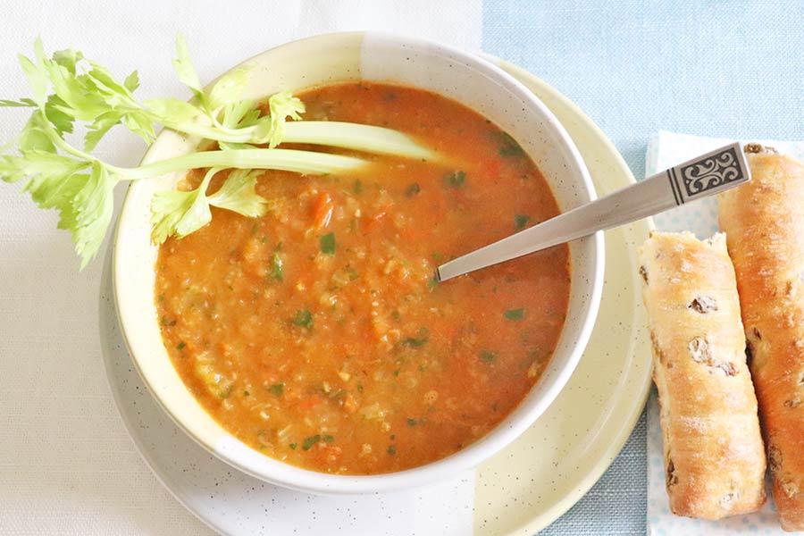 Stangensellerie Tomaten Suppe
