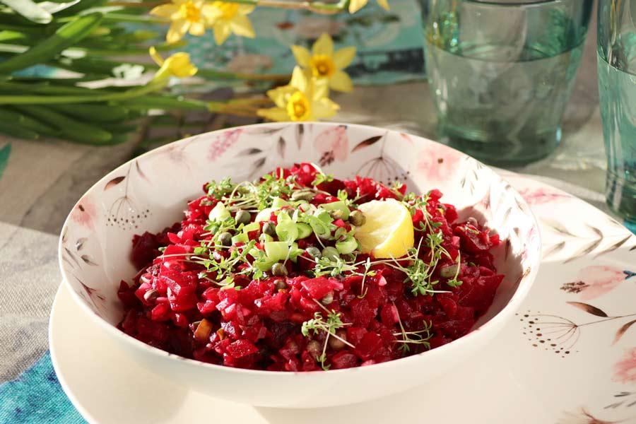Rote Rüben Salat mit Kapern und Senf