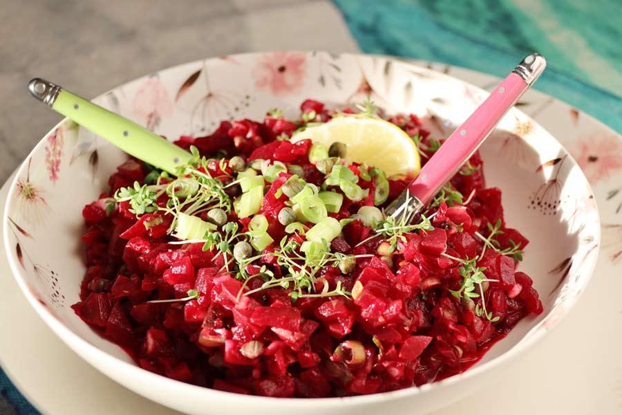Rote Rüben Salat - das Auge isst mit