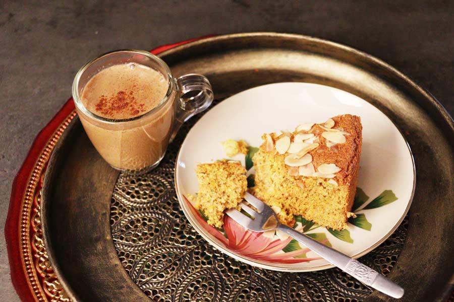 Safrantorte und Getreidekaffee