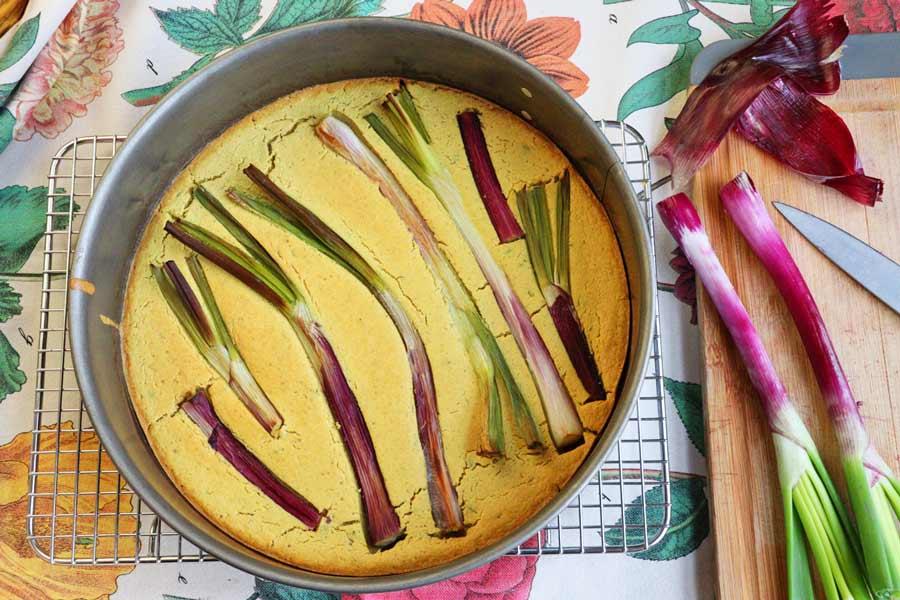 Farinata frisch aus dem Ofen